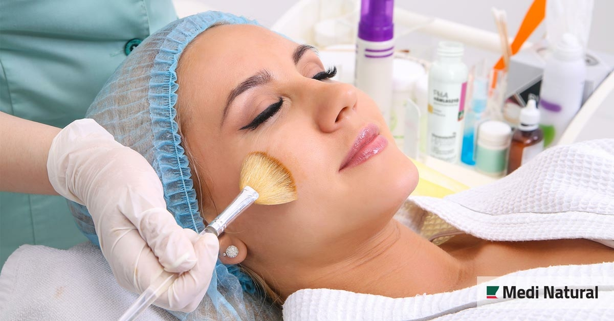 Tudj meg mindent a bőr megújításának nagyszerű lehetőségéről, a hámlasztásról!
