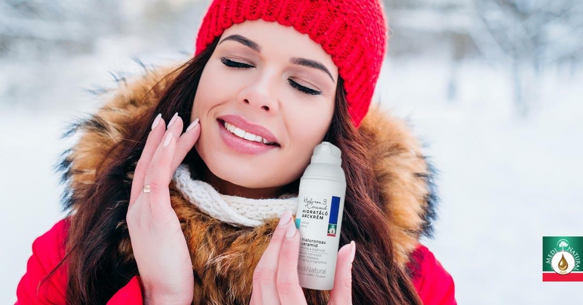7 tünete annak, hogy az arcbőrödet kifejezetten veszélyezteti a téli időszak